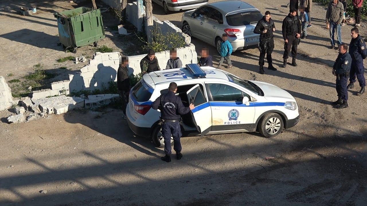Νέα επιχείρηση της αστυνομίας στη γέφυρα του τρόμου στο Πυρί Θηβών -  21 προσαγωγές και 10 συλλήψεις