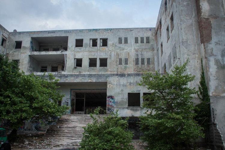 1624492560 716 Τα… στοιχειωμένα κτίρια στην Ελλάδα picsvids